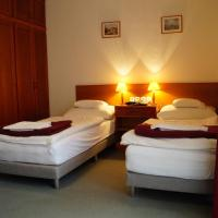 Hotel Ovit, hotel in Keszthely