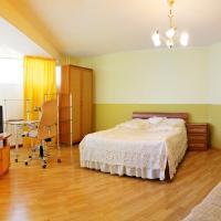 Уютный Тихвин апартаменты 8 микрорайон д 3A, hotel in Tikhvin