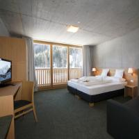 Tannenheim nature and style hotel, Hotel in Trafoi