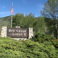 Rye Creek Lodge, hotel in Darby