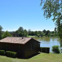 Camping - Village Vacances du Lac, hotel in Boulogne-sur-Gesse