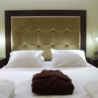 Ξενοδοχείο Ελληνίς, ξενοδοχείο στα Χανιά Πόλη