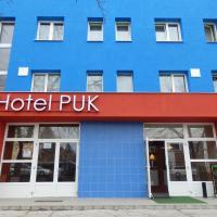 Hotel Puk, hotel v Topoľčanoch