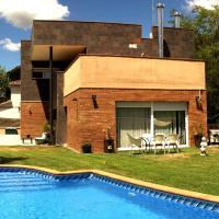 Can Vinyals Holiday Home, hotel in Castellar