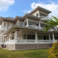 Grann Kaz Guest House, hotel in Anse a La Mouche