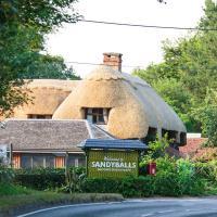 Sandy Balls Holiday Village, hotel in Fordingbridge