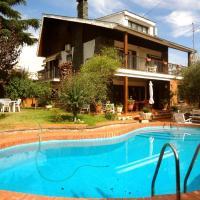 Villa Isaac Albeniz
