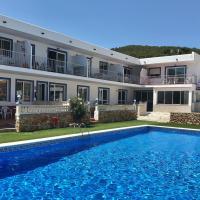 Apartamentos Cana Sofía, hotel en Cala Llonga