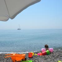 Taormina Bay Lucia's House, hotel in Nizza di Sicilia