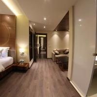 Hotel Lilac, hotel in Kota