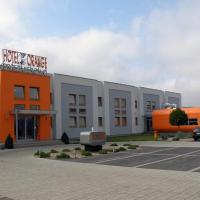 Hotel Orange Przeźmierowo, hotel in Przeźmierowo
