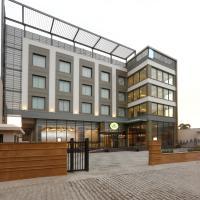 Centrum Hotel by Brijwasi, hotel in Mathura