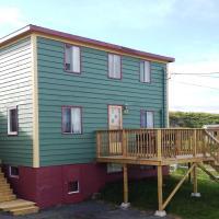 Mr. Hibb's Salt Box Cottage, hotel em Hibbs Cove