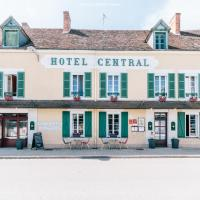 Hotel Le Central、Boussacのホテル