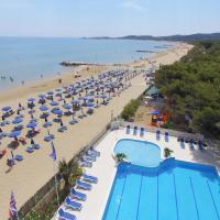 Hotel Gabbiano Beach, hotell i Vieste