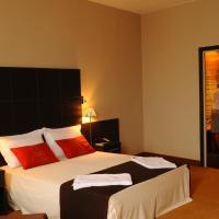 TANA Hotel, отель в Антананариву