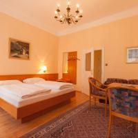 Pension Elfy, отель в Бадене