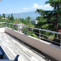 Madzar Apartments, hotel em Star Dojran
