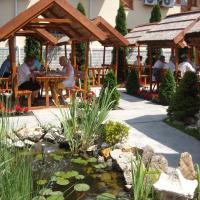 Fodor Hotel, отель в Дьюле