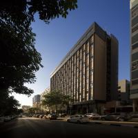 Hotel Trópico, hotel near Quatro de Fevereiro International Airport - LAD, Luanda