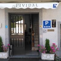 Pensión Residencia Pividal, hotel in Picaraña