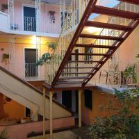 Midtown Guest House, hotel in Charlotte Amalie