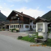 Haus Mittagspitze, Hotel in Mellau