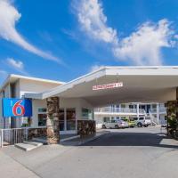 Motel 6-San Bernardino, CA - Downtown, hotel in San Bernardino