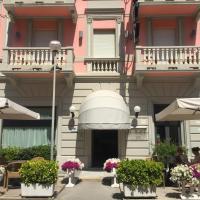 Hotel Katy, отель в Виареджо
