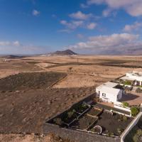 Villa El Jable Lanzarote, hotel in Teguise
