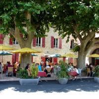 Auberge de Bonpas Logis de France, hotel near Avignon-Provence Airport - AVN, Montfavet