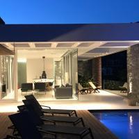 A - Luxury Villas, hotel in Plomarion