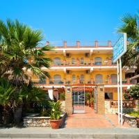 Hotel Solemar, hotell i Sant'Alessio Siculo