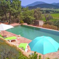Luxury Villa in Le Plan-de-la-Tour with Swimming Pool
