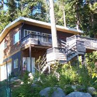 Malaspina Strait Cottage, hotel em Powell River
