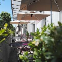 Hotel Du Square, hotel in Riom