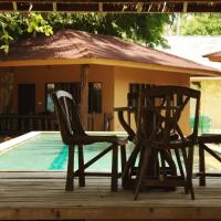 Melina Beach Front Bungalows, hotel in Tha Lane Bay