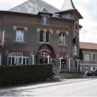 Hôtel-Restaurant du Commerce, hotel in Aubréville