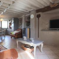 Comfortable Cottage with Garden near Forest in Malempre