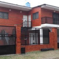 Apartamentos Villa Jardin, hotel in Reyes