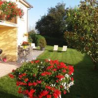 Ma maison fleurie proche aéroport, Eurexpo, hôtel à Janneyrias près de: Aéroport de Lyon - Saint-Exupéry - LYS