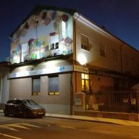 Hostal La Fuente, hotel in Babilafuente