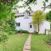 Beautiful holiday home in Parracombe with Private Garden