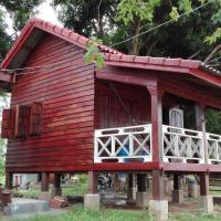 Don Som Riverside Guesthouse, hotel en Don Som