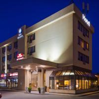 Best Western Voyageur Place Hotel, hotel em Newmarket