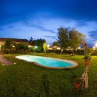 Finca El Cotillo, hotel in Linares