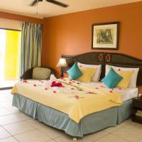 Tropikist Beach Hotel and Resort, hotel in Crown Point