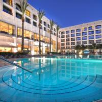 Golden Crown Hotel, отель в городе Назарет