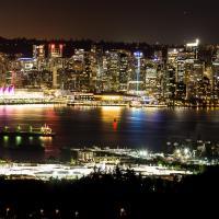Emperial Suites, hotel in North Vancouver