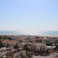 Keren's Sea View Apartment, hotel in Ashdod